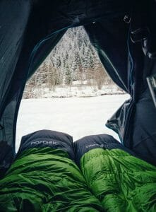 Choose the right sleeping bag for winter camping